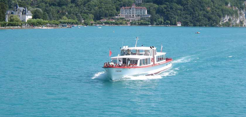 Boat rides, Talloires, Lake Annecy, France.jpg
